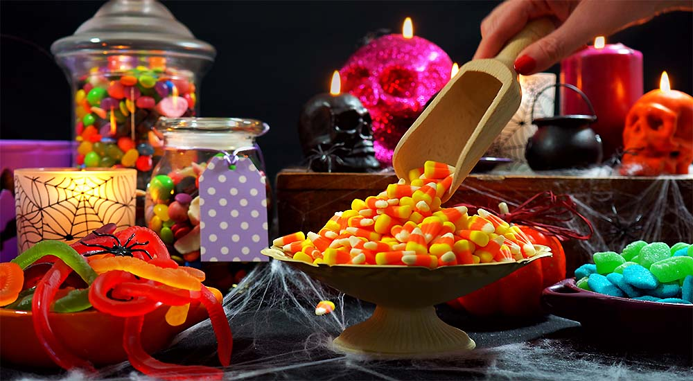 Surviving Halloween without Wrecking Your Healthy Diet